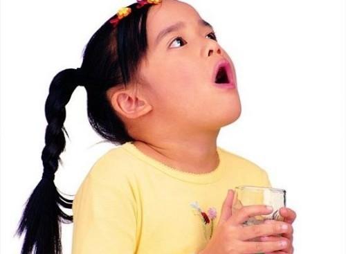 Отравление соком диффенбахии: симптоми, лечение, вред для здоровья