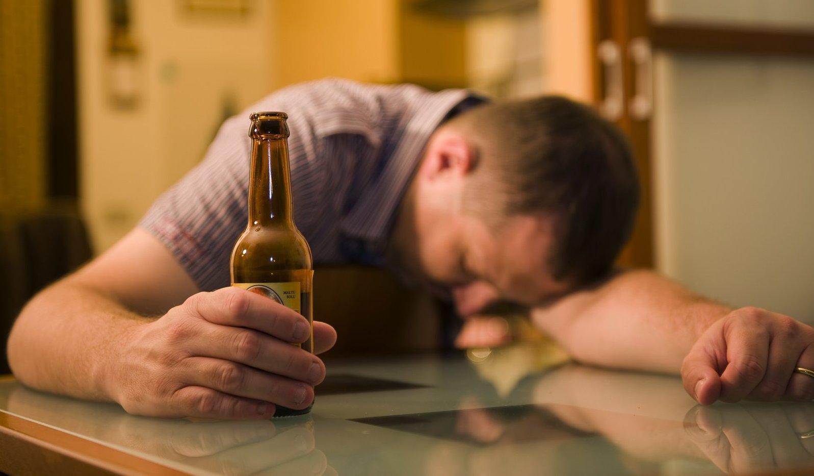 Где и как закодироваться от алкоголя