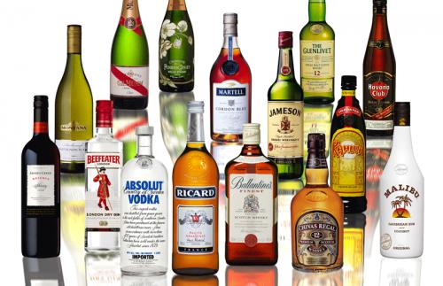 Бутылки с алкогольными напитками