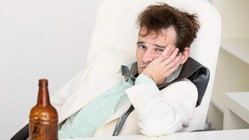 Похмелье: симптоми, признаки тяжелого похмельного синдрома