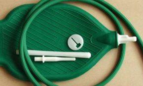 Процедура проведения очищения кишечника клизмой