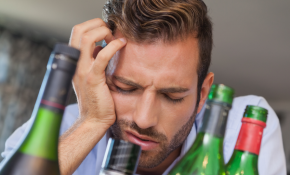 Что делать: головная боль после алкоголя