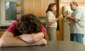 Что можно сделать, если родители пьют